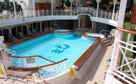 Interior Barco Caribbean Princess