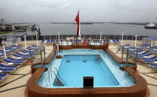 Barco Queen Victoria