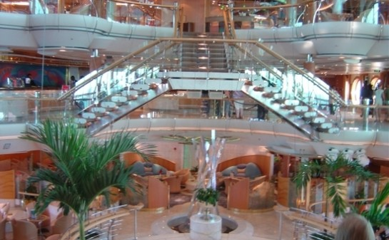 Interior Barco Enchantment of the Seas