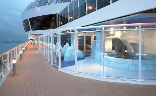 Interior Barco MSC Fantasia