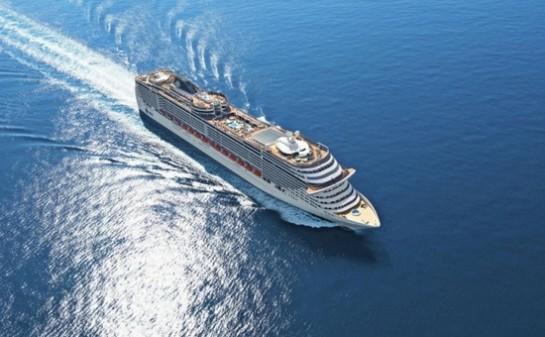Barco MSC Divina