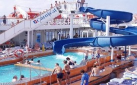 Barco Carnival Miracle