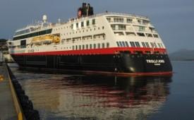 Barco MS Trollfjord