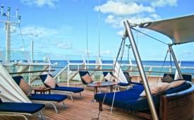 Barco Seadream II