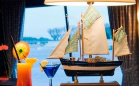 Barco MS Camargue