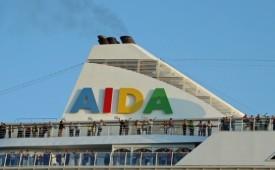 Barco AIDAaura