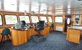 Barco MN Skorpios III