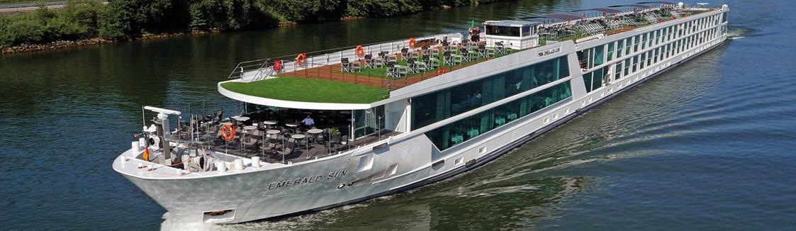 Barco Emerald Sun