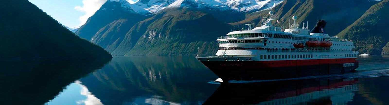 Crucerum Hurtigruten