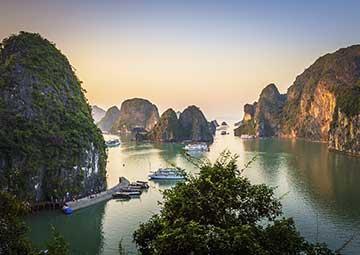 crucero por Halong Bay (Hanoi, Vietnam)
