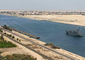 crucero por Canal de Suez (en tránsito), Egipto