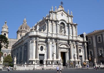 crucero por Catania (Sicilia)