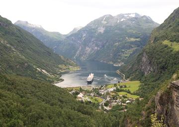 crucero por Hellesylt (Noruega)